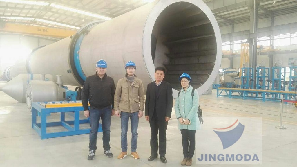 Jingmoda организовала и провела посещение завода по производству бумагоделательных машин